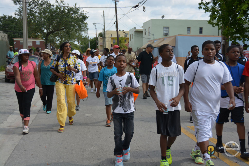 Walk-A-Mile-2015
